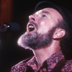 famous quotes, rare quotes and sayings  of Pete Seeger