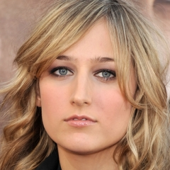 famous quotes, rare quotes and sayings  of Leelee Sobieski