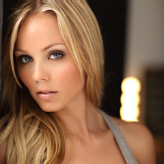 famous quotes, rare quotes and sayings  of Laura Vandervoort
