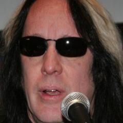 famous quotes, rare quotes and sayings  of Todd Rundgren