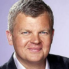 famous quotes, rare quotes and sayings  of Adrian Chiles