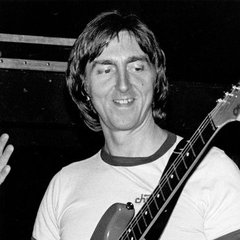 famous quotes, rare quotes and sayings  of Allan Holdsworth