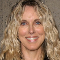 famous quotes, rare quotes and sayings  of Alana Stewart
