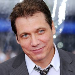 famous quotes, rare quotes and sayings  of Holt McCallany