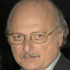 famous quotes, rare quotes and sayings  of Dennis Franz