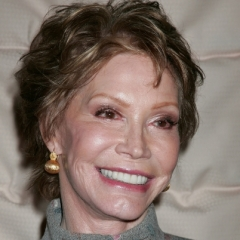 famous quotes, rare quotes and sayings  of Mary Tyler Moore