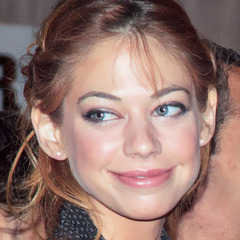 famous quotes, rare quotes and sayings  of Analeigh Tipton