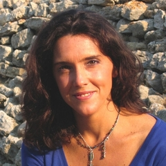 famous quotes, rare quotes and sayings  of Bettany Hughes