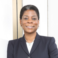 famous quotes, rare quotes and sayings  of Ursula Burns