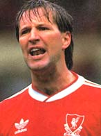 famous quotes, rare quotes and sayings  of Ronnie Whelan