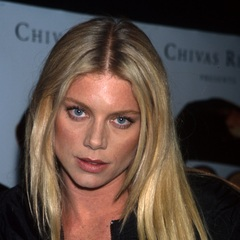 famous quotes, rare quotes and sayings  of Peta Wilson