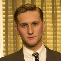 famous quotes, rare quotes and sayings  of Aaron Staton