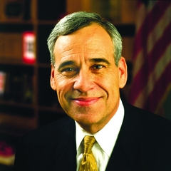 famous quotes, rare quotes and sayings  of Charlie Gonzalez