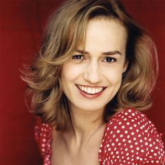 famous quotes, rare quotes and sayings  of Sandrine Bonnaire