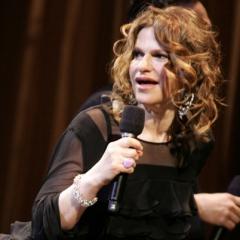 famous quotes, rare quotes and sayings  of Sandra Bernhard