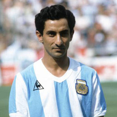 famous quotes, rare quotes and sayings  of Osvaldo Ardiles