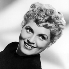famous quotes, rare quotes and sayings  of Judy Holliday