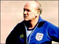 famous quotes, rare quotes and sayings  of Ron Greenwood