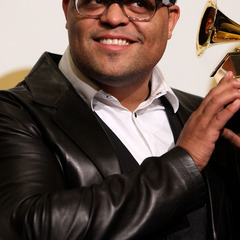 famous quotes, rare quotes and sayings  of Israel Houghton