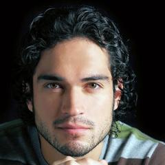 famous quotes, rare quotes and sayings  of Alfonso Herrera