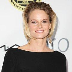famous quotes, rare quotes and sayings  of Joelle Carter
