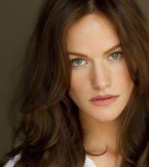 famous quotes, rare quotes and sayings  of Kelly Overton