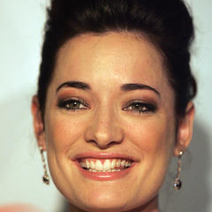 famous quotes, rare quotes and sayings  of Laura Michelle Kelly