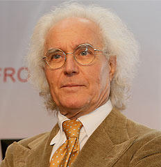 famous quotes, rare quotes and sayings  of Luciano Benetton