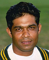 famous quotes, rare quotes and sayings  of Rashid Latif