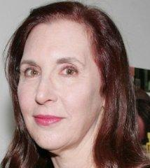 famous quotes, rare quotes and sayings  of Laurie Simmons