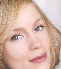 famous quotes, rare quotes and sayings  of Laura Regan