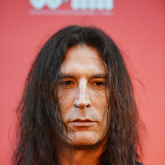 famous quotes, rare quotes and sayings  of Sean Kinney